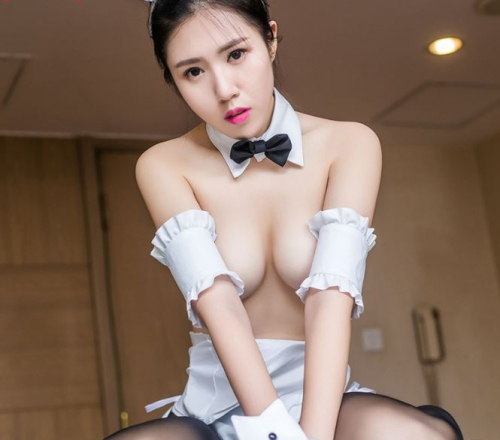 1058 Cosplay thỏ sexy