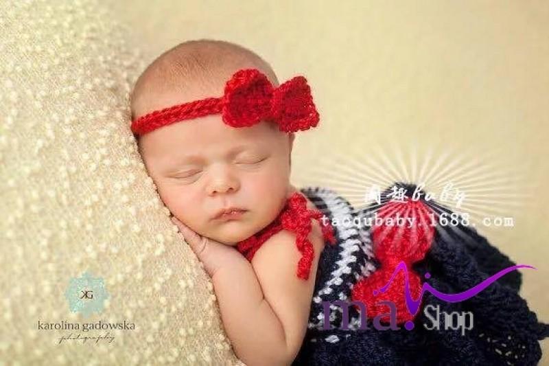 đạo cụ chụp hình cho bé công chúa đầm đen băng đô đỏ